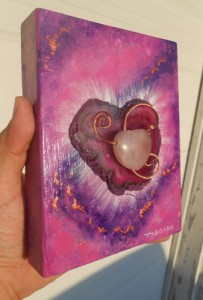 Pink-Agate-With-Rose-Quartz-Heart